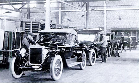 1921 assembly line production.