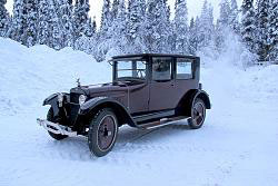 1922 Wills Sainte Claire sedan in Fountainhead Antique Auto Museum, Fairbanks, Alaska