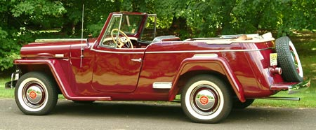 With the top down, the Jeepster actually looked jaunty, although calling it 'sporty' may be somewhat of a stretch.