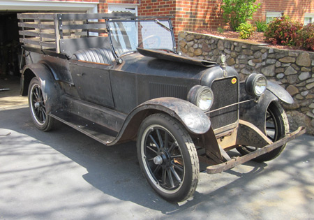Unrestored 1922 Earl Screen Delivery Car.