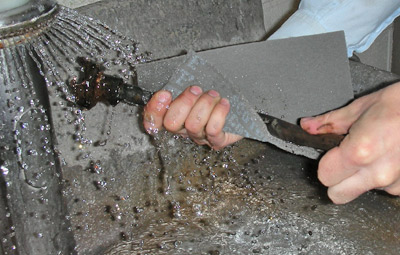 a quick scrubbing removes rust residue