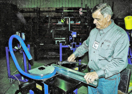 Bill Politsch, of Mittler Bros. Machine & Tool demos a tubing bender.