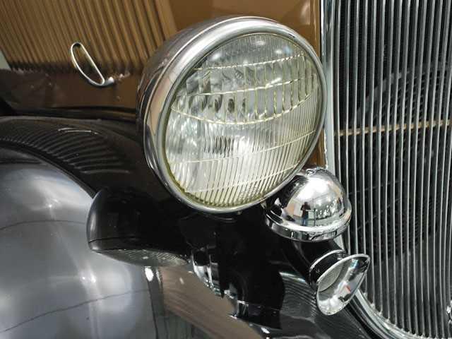 1933 Ford Headlights : Ford model b headlight view